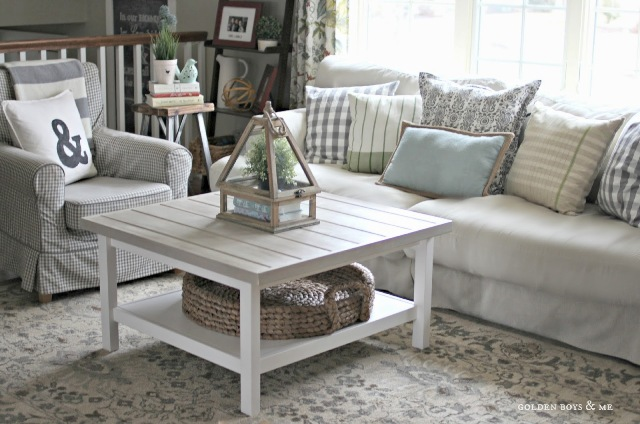 whitewashed-diy-ikea-coffee-table-hack-6