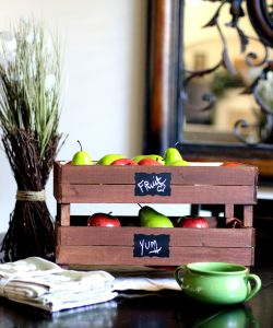 DIY-Stackable-Slatted-Fruit-Crate-via-PinkWhen.com-