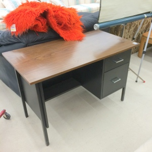 Thrift-Store-Metal-Desk-Before-northstory.ca_