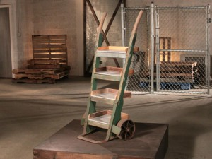 BP_FMF400_hand-truck-bookshelf-after.jpg.rend.hgtvcom.1280.960