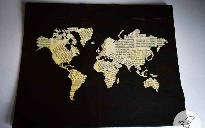 tableau carte du monde collage papier diy ralfred 39 s blog. Black Bedroom Furniture Sets. Home Design Ideas